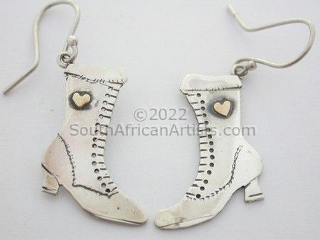 """Victorian Boots- Earrings"""