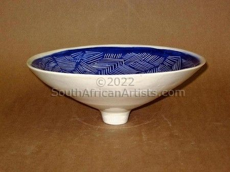 """Large Rounded Pot Blue"""